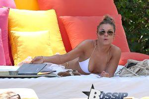 LeAnn Rimes shows off her Bikini Body in Miami