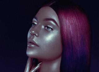 Kylie Jenner black light