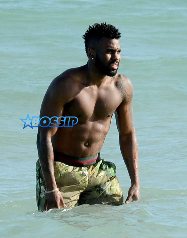 Jason Derulo and new girlfriend Daphne Joy have fun on the beach in Miami