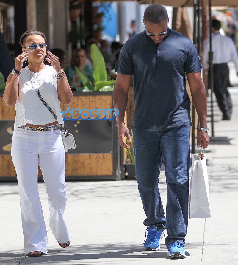 Anthony Mackie Photographed With Rarely Seen Wife | Bossip
