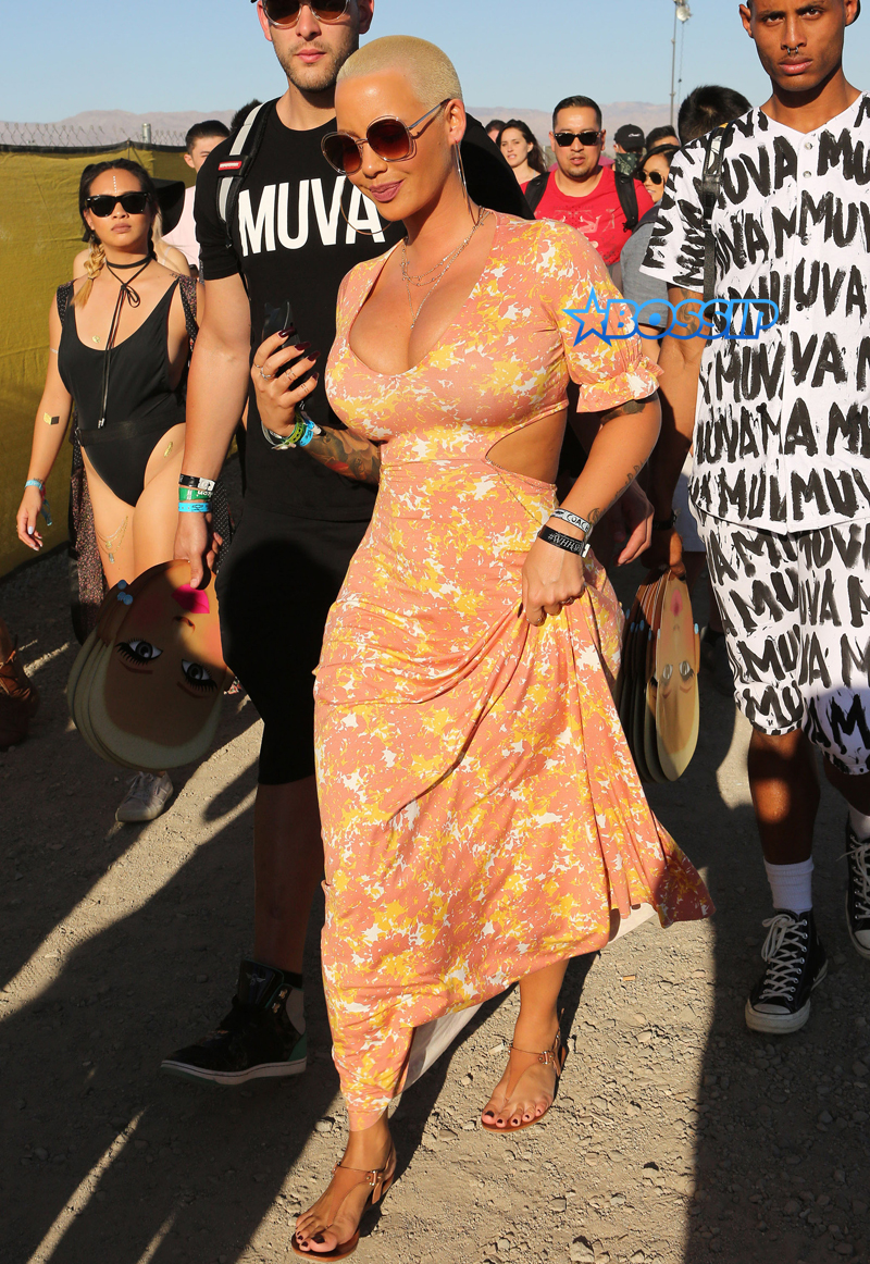 Amber Rose Day 3 Coachella fun bags Fameflynetpictures