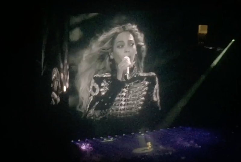 Beyonce covers Prince %22Beautiful Ones%22