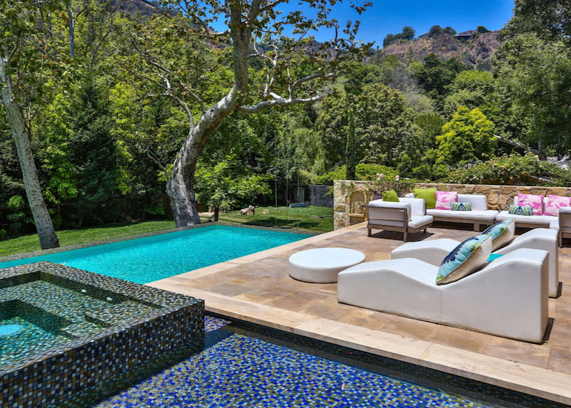 Jennifer Lopez Bel Air house 9