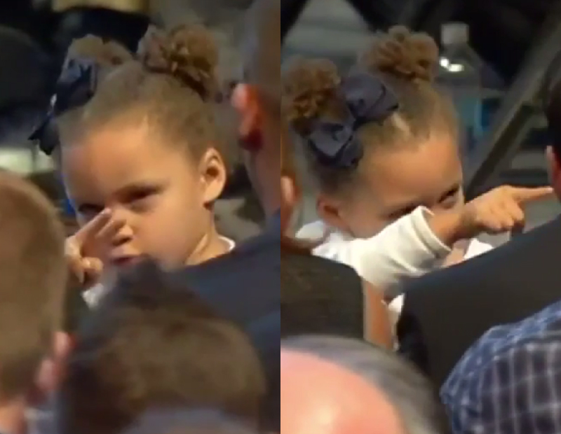 Riley Curry is watching
