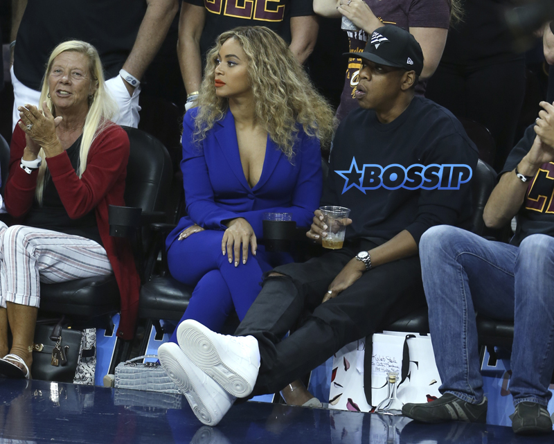 Beyonce and Jay Z Game 6 Cleveland Warriors 6/16/16 AP Photo/ Ron Schwane