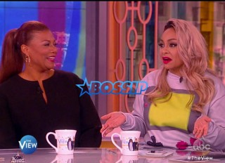 """Queen Latifah during an appearance on ABC's 'The View.' Queen describes the experience as life-changing – """"Hearing the word 'failure' associated with my mom's health was really scary."""" Queen Latifah, Raven-Symoné Credit: Supplied by WENN.com"""