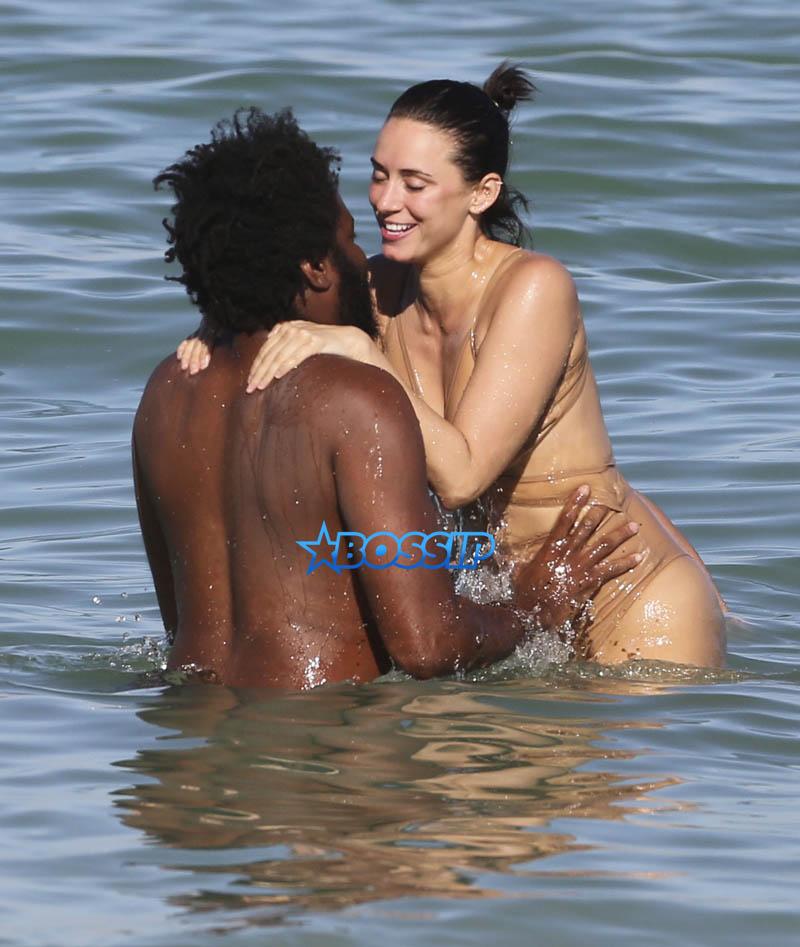 Yesjulz boyfriend beach Miami, Florida on October 22, 2016. Snapchat sensation over 300,000 viewers, one-piece bathing suit. FameFlynetPictures