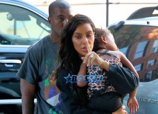 SplashNews Kim Kardashian North