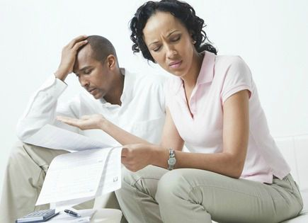 black-woman-upset-with-bills