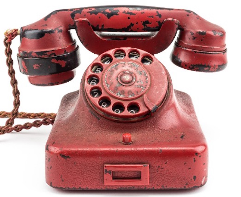 hitlers-phone-2