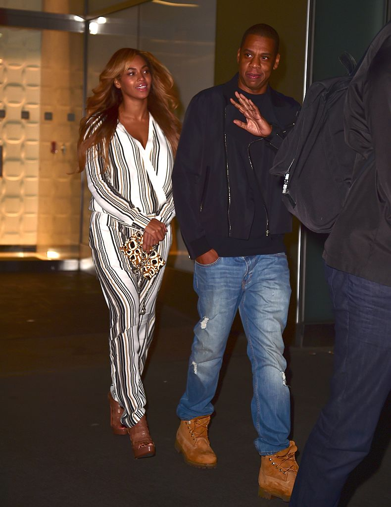 NEW YORK, NY - OCTOBER 29:  Beyonce Knowles and Jay Z are seen in Midtown on October 29, 2014 in New York City.  (Photo by Alo Ceballos/GC Images)
