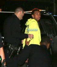 Tyga taken into Custody in Hollywood for driving without License plates on his new $150,000 Mercedes Limited edition G-Wagon. The rapper sat in his vehicle for around 45 minutes while LAPD cars rolled up one after another. In the end 9 Police cars were on scene and then when the Sergeant arrived, Tyga was placed in handcuffs and taken to the Hollywood LAPD station and booked. SplashNews