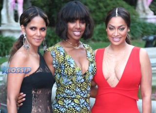 VH1's 2nd Annual 'Dear Mama: An Event To Honor Moms' WENN Halle Berry Kelly Rowland La La Anthony