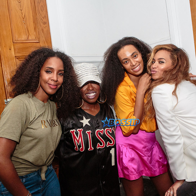 NEW ORLEANS, LA - JULY 04:  (L-R) Kelly Rowland, Missy Elliott, Solange Knowles and Beyonce Knowles pose for a photo at St. Heron's '17 Wards' Weekend Wine & Grind for Essence Festival at  Etoile Polaire No 1 on July 4, 2015 in New Orleans, Louisiana