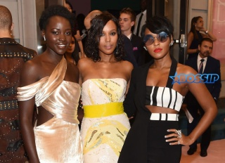 NEW YORK, NY - JUNE 05: Lupita Nyong'o, Kerry Washington and Janelle Monae attend the 2017 CFDA Fashion Awards Cocktail Hour at Hammerstein Ballroom on June 5, 2017 in New York City. (Photo by Nicholas Hunt/Getty Images)