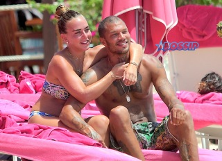 Hot Felon Jeremy Meeks t on the beach with his girlfriend, Topshop Heiress, Chloe Green. The couple packed on the PDA as they sat near the ocean in Barbados. jet ski, shower