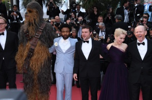 "Ron Howard, ChewBacca, Alden Ehrenreich, Emilia Clarke Donald Glover Joonas Suotamo 71st Cannes Film Festival - Premiere of ""Solo: A Star Wars Story"". Stars walk the red carpet on May 15, 2018"