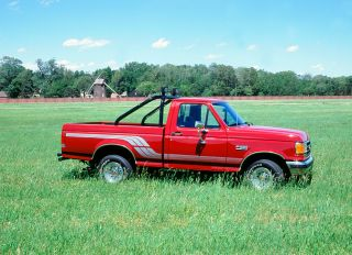 1991 Ford F 150 pick up truck, 2000.