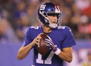 EAST RUTHERFORD, NJ - AUGUST 09: Kyle Lauletta #17 of the New York Giants looks to pass in the fourth quarter against the Cleveland Browns during their preseason game on August 9,2018 at MetLife Stadium in East Rutherford, New Jersey.