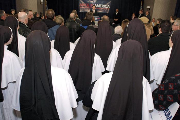 Santorum Campaigns In Michigan Ahead Of Primary
