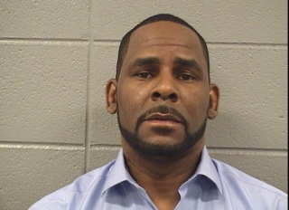 R. Kelly Arrested for Unpaid Child Support