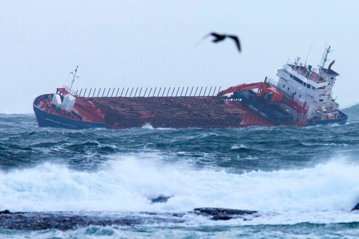 TOPSHOT-NORWAY-TRANSPORTATION-ACCIDENT-SEA