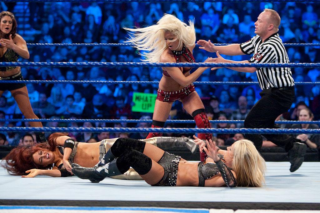 Pro Wrestling - WWE Smackdown