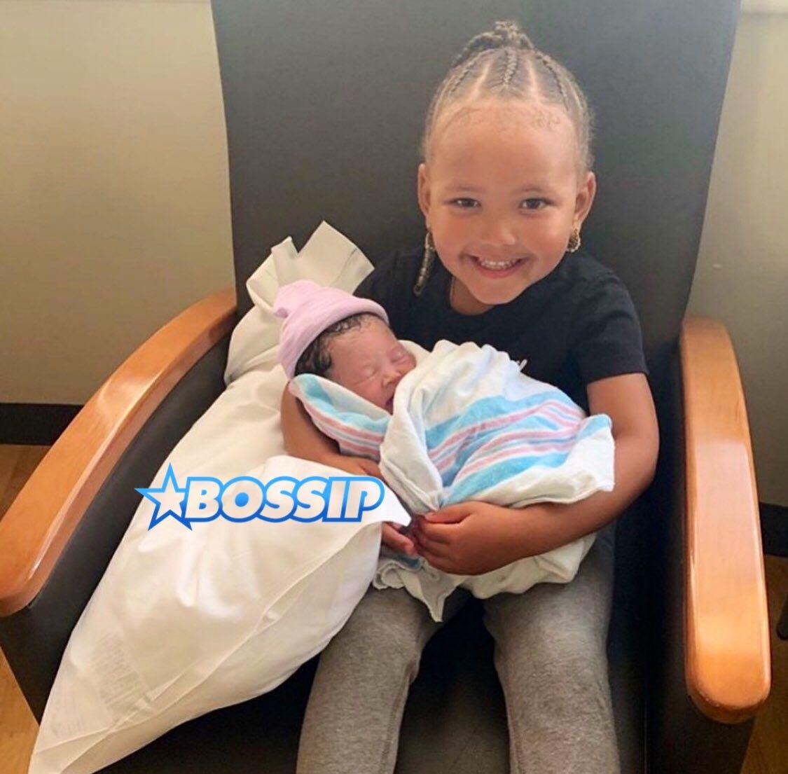 YG's daughter Harmony holds her little sister Vibe