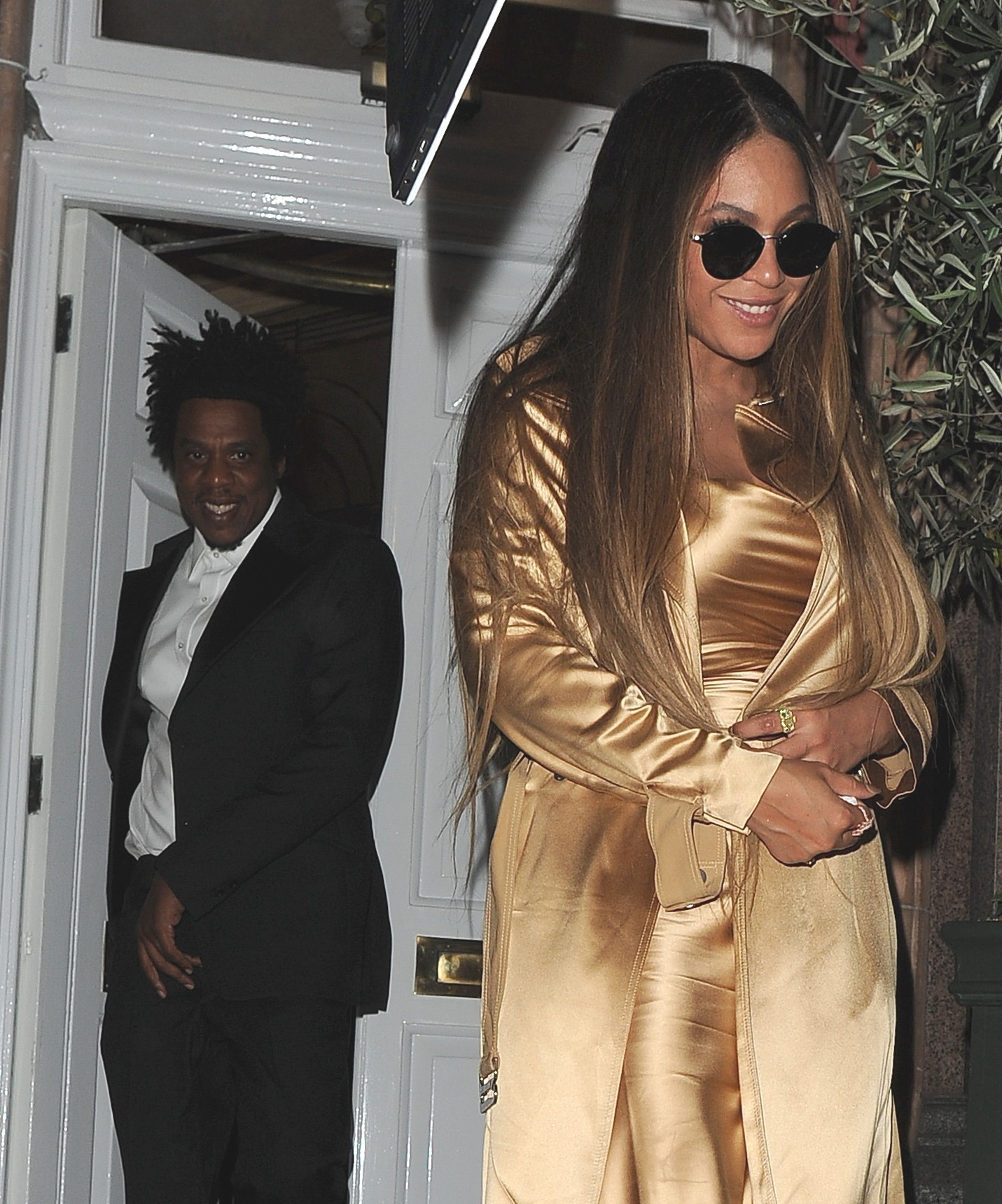 Beyonce Jay-Z and Seth Rogen party at Harry's until 4 am in London