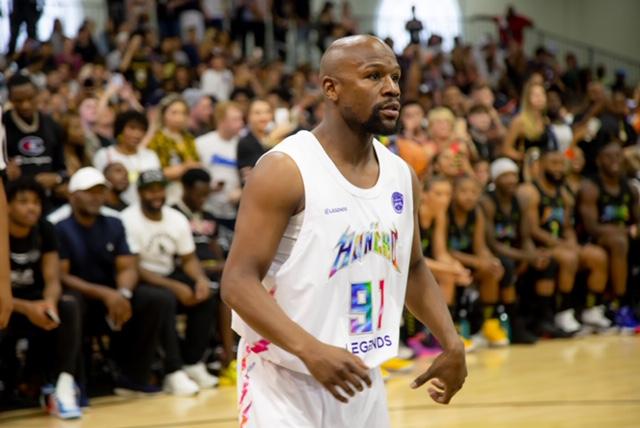Floyd Mayweather Jr. x Legends Charity Basketball Event