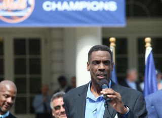 """Dwight """"Doc"""" Gooden speaks after receiving honor with former..."""