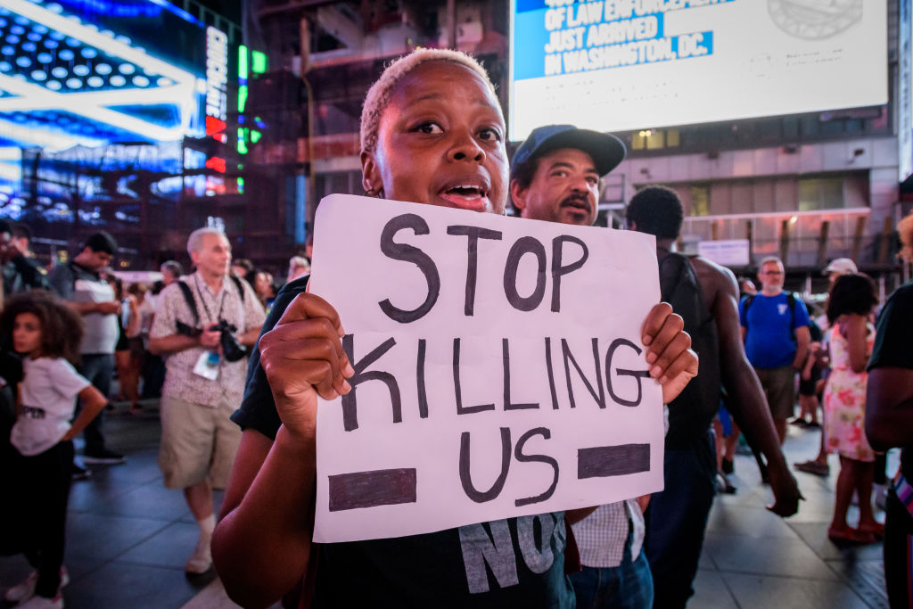 Protesters arriving to Times Square - Community...