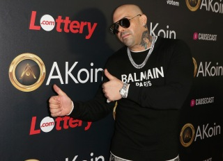 Mally Mal Arrives To Akon Event