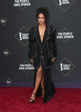 Candice Patton 45th Annual Peoples Choice Awards in Los Angeles