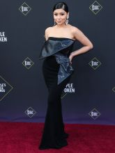 Daisy Marquez 45th Annual Peoples Choice Awards in Los Angeles