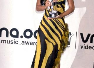 Aaliyah MTV Awards 2000