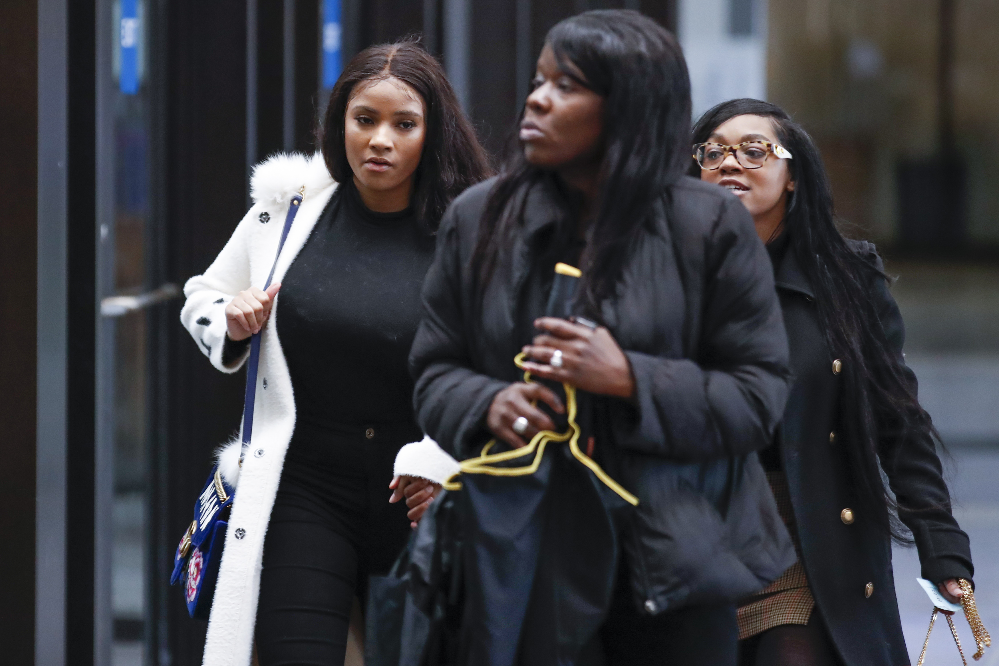 Joycelyn Savage and Azriel Clary support R Kelly at court