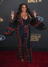 Jill Scott at The 51st NAACP Image Awards