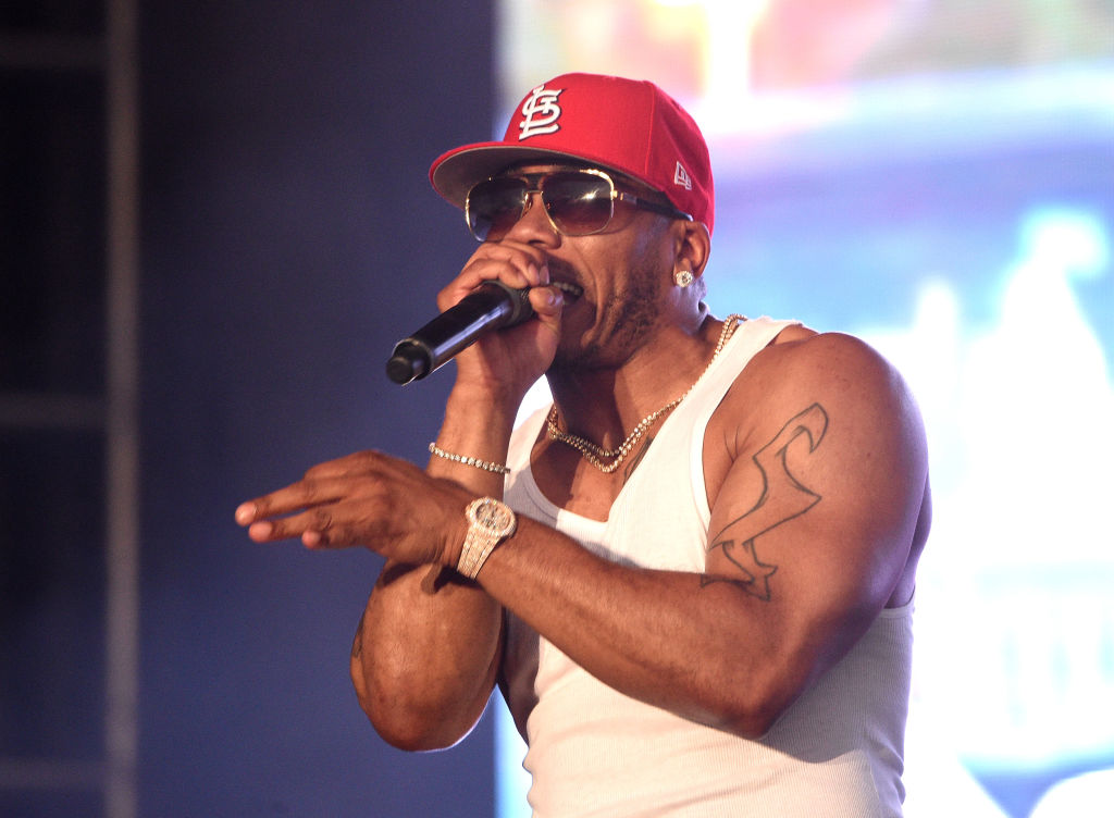 """Nelly 20th Anniversary of """"Country Grammar"""": Live From The Drive-In"""