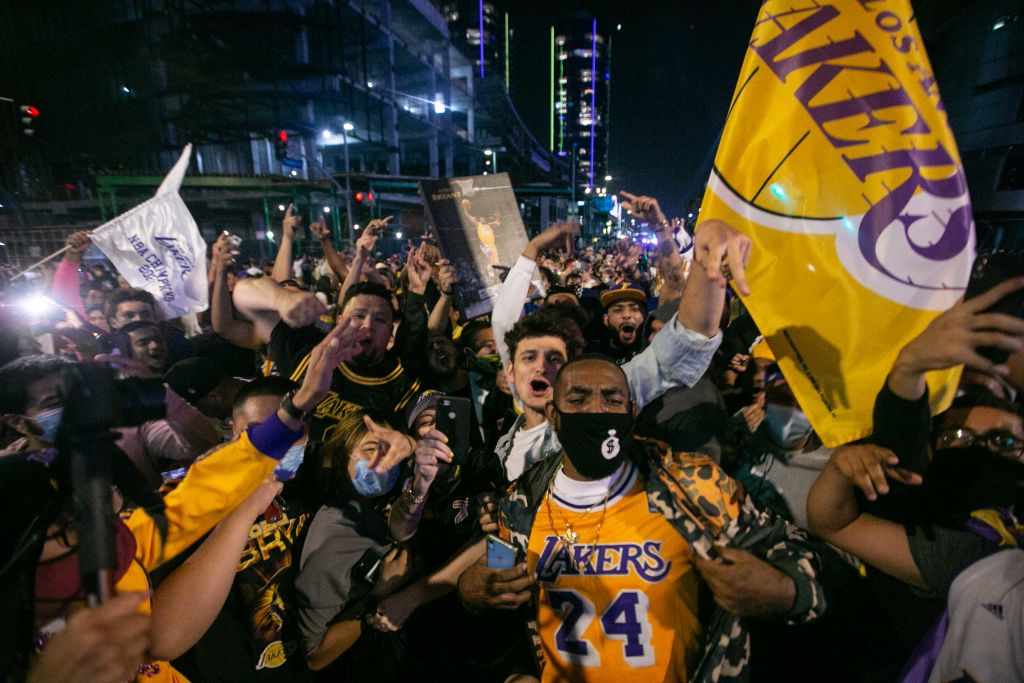 Lakers fans celecrtate the teams 17th championship