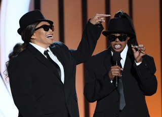 Soul Train Awards Tisha Campbell and Tichina Arnold
