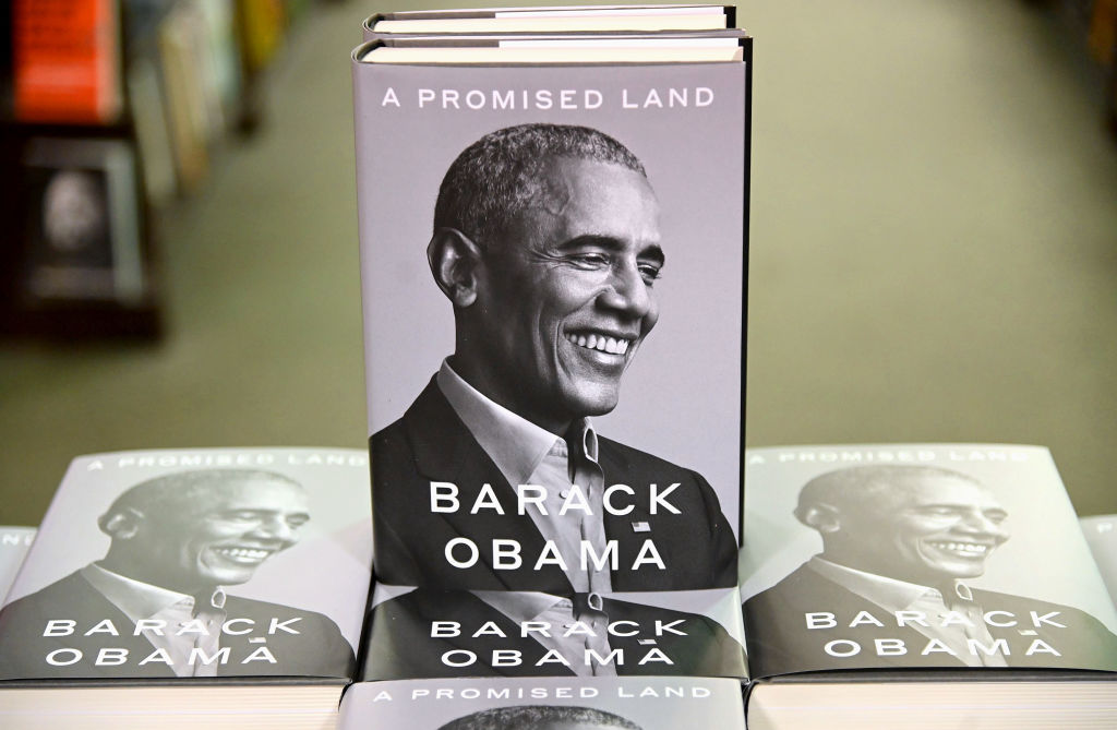 "President Barack Obama's Memoir ""A Promised Land"" Goes On Sale Ahead Of Holiday Season"
