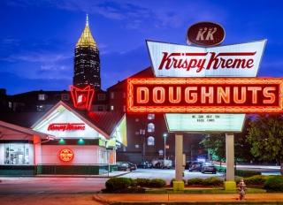 Hot Now, Krispy Kreme Doughnuts, Atlanta, Georgia, America