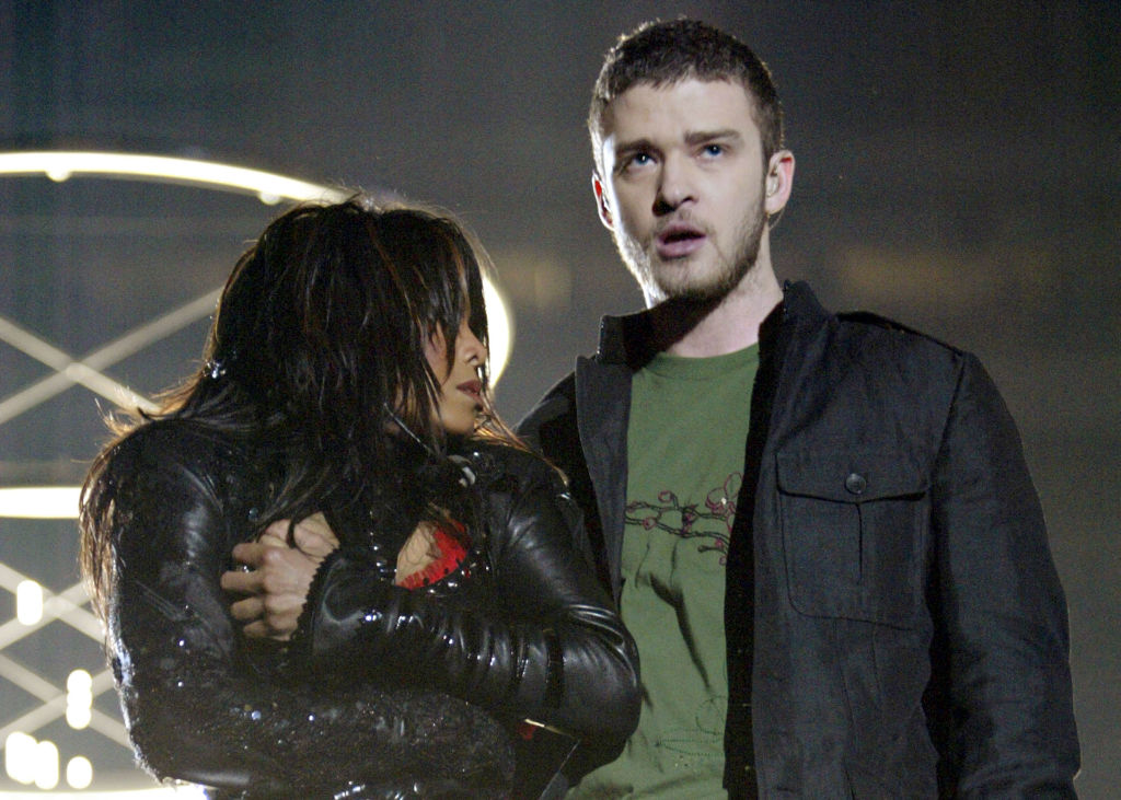 Justin Timberlake Finally Apologizes To Janet Jackson And Britney Spears For Throwing Them Under The Bus
