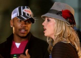 "Britney Spears Performs on MTV's ""TRL"" Brand Spankin New Music Week - November 10, 2003"
