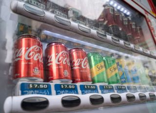 A beverage and soda, such as Coca-Cola, Nestea, Schweppes,...