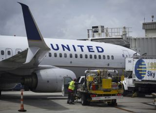United Airlines Airplane at Media tourMiami International Airport