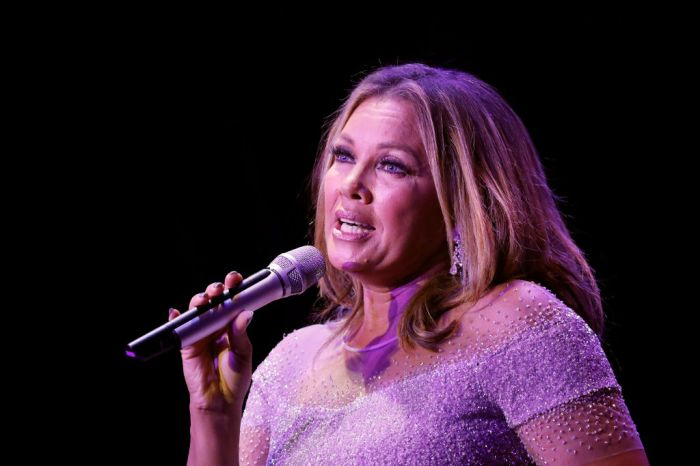Sheen Center Presents Vanessa Williams & Friends: Thankful For Christmas With Guests Norm Lewis, Michael Urie, And Bernie Williams