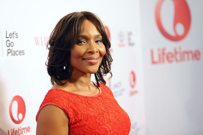 """Premiere Of Lifetime's """"Whitney"""" - Red Carpet"""