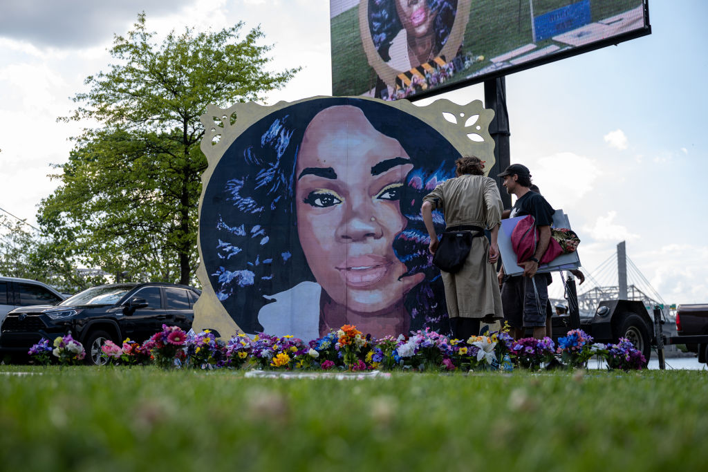 Remembrance Event Held In Louisville To Mark Breonna Taylor's 28th Birthday
